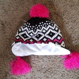 Other - CUTE TODDLER BEANIE